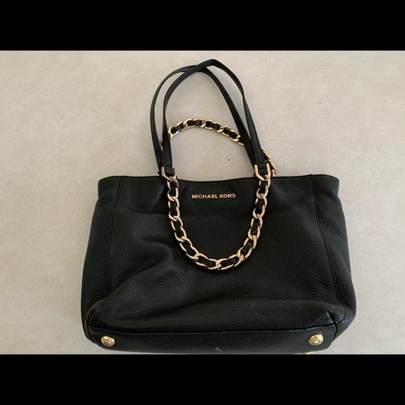 Michael Kors Handbags - MK purse